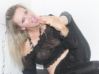 Fame - Gorgeous blonde will do everything for you.